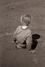 boy-sand