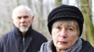 sad-older-couple4