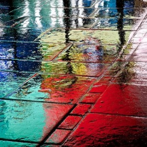 steve-lavelle,piccadilly-circus-in-the-rain,london-reflection-piccadilly-circus-rain-wet-paving-coke-tube-london-underground